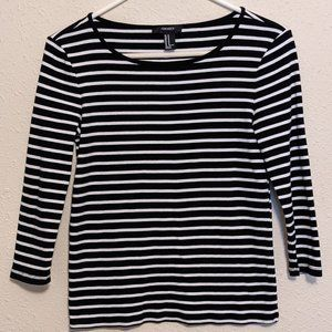Forever 21 Black and White Striped 3/4 Sleeve Top